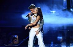 Andrew Taggart and Halsey perform on stage during the 2016 MTV Video Music Award… Halsey Street, Andrew Taggart, Ryan Sheckler, London Girls, Z Cam, Indie, G Eazy, Machine Gun Kelly, Chainsmokers