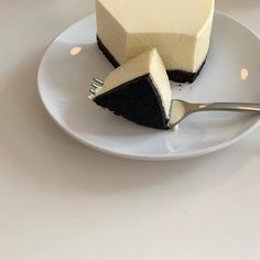 Cute Desserts, Dessert Recipes, Good Food, Yummy Food, Think Food, Cafe Food, Aesthetic Food, White Aesthetic, Food Cravings