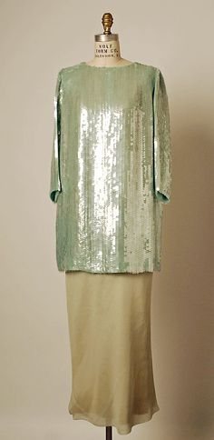1967 to 68 Balenciaga Evening dress Metropolitan Museum of Art, NY See more museum vintage dresses at http://www.vintagefashionandart.com/dresses