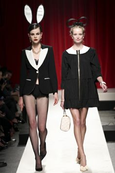 Sfilata Moschino Milano - Collezioni Primavera Estate 2014 - Vogue