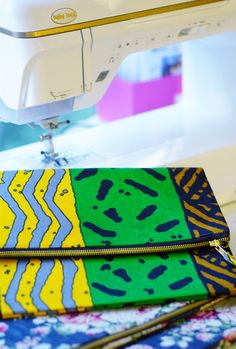 Hi Darlings, as promised here is the video tutorial on making the fold over…