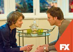 La Dr. Vogel recurre a Dexter porque sospecha que el asesino es uno de sus ex pacientes. Dexter - Temporada final, lunes 23.00 / 23.30 VEN  #ComienzaEnFx Mira contenido exclusivo en www.foxplay.com