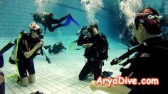 2014.03.16 - AryaDive 3월 번개 [2] (Scuba Diving 강습) [1080p]  3월 16일 번개 중 스쿠버 다이빙 강습 영상 위주로 편집했습니다... ^^  총 24분 참석하셨네요.... 오프라인으로 참석하시는 분들이 점점 더 많아지고 있습니다..... ^___^  이젠 다이빙풀이 복잡한게 아니고 우리가 다이빙풀을 복잡하게 만들고 있네요.... ㅋㅋㅋㅋㅋㅋ