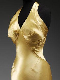 Evening dress (image 3) | Charles James | American | 1934 | satin | Victoria & Albert Royal Museum | Museum #: T.272-1974