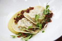 Sweetcorn ravioli with pork rib, and bacon vinaigrette @ Burrata Yummy Food, Tasty, Pork Ribs, Ravioli, Vinaigrette, Pasta Recipes, Bacon, Soup, Mexican