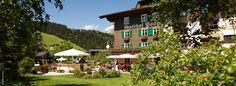Hotel Gasthof Post, Lech am Arlberg: Folge uns heute in das mondäne Hotel Gasthof PostLech in Lech am Arlberg. Seit über 80 Jahren verwöhnt Familie Moosbrugger ihre Gäste auf höchstem Niveau: http://www.luxuszeit.com/hotelbewertung/hotel-gasthof-post-lech-am-arlberg.html