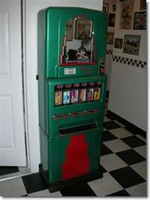 candy vending machines on pinterest vintage candy 1950s and bubble. Black Bedroom Furniture Sets. Home Design Ideas