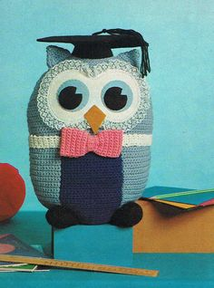 Hey, I found this really awesome Etsy listing at https://www.etsy.com/listing/180835758/pdf-crochet-pattern-owl-soft-toy