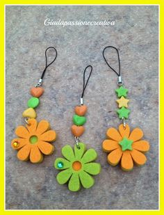 Felt Crafts, Diy And Crafts, Arts And Crafts, Paper Crafts, Felt Flowers, Fabric Flowers, Paper Flowers, Felt Animal Patterns, Stuffed Animal Patterns