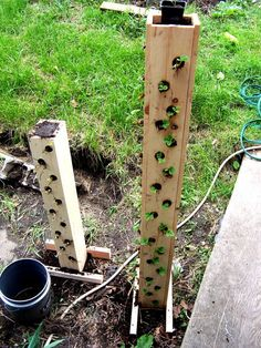 Strawberry garden - Build Your Own Strawberry Tower – Strawberry garden Strawberry Tower, Strawberry Planters, Strawberry Garden, Garden Planters, Herb Garden, Vegetable Garden, Gutter Garden, Succulent Planters, Hanging Planters