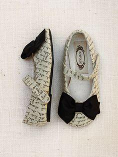 Fashion, DIY, Lifestyle: Joyfolie ~ Little Girl's Shoes ...love Maegan