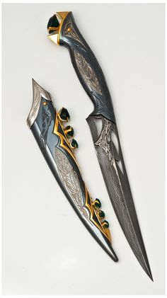 Pretty Knives, Cool Knives, Ninja Weapons, Weapons Guns, Swords And Daggers, Knives And Swords, Mode Cyberpunk, Arte Assassins Creed, Knife Aesthetic