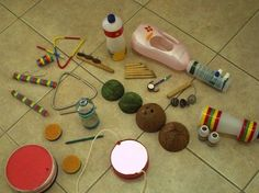 Instrumentos musicais de sucata