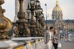 """Mandarin Oriental Paris: """"Selfie in Paris Tour"""" Share your Parisian experience VALID FROM 1 OCTOBER - 31 JANUARY 2015  DETAILS Full daily breakfast for two persons in-room or at Camélia, Complimentary wifi in-room and in-car, A Mercedes Classe E and a driver at your disposal for three hours, List of best spots in Paris for selfies, Participate in our photo contest for a chance to win a one-night stay at Mandarin Oriental, Paris"""