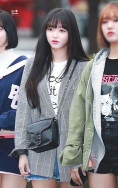 """트위터의 flos semita 🍒 님: """"180406 뮤뱅 #오마이걸 #OHMYGIRL #YooA #유아… """" Fashion Tag, Kpop Fashion, Daily Fashion, Korean Fashion, Airport Fashion, South Korean Girls, Korean Girl Groups, Oh My Girl Yooa, Only Girl"""