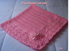 Oi amiga (o) Hoje vou lhe mostrar a manta rosa que fiz para a Laura, minha 6ª netinha. Ela vai chegar no comecinho de Dezembro. Teci a mant...