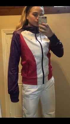 Nike Running Jacket, Vintage Jacket, Rain Jacket, Windbreaker, Jackets, Fashion, Down Jackets, Moda, Fashion Styles