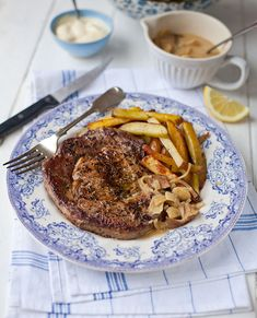 Ultimate steak and chips with mushroom sauce
