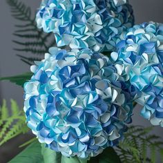 """572 Likes, 10 Comments - Lia Griffith (@liagriffith) on Instagram: """"Holy hydrangeas! ✨A Pacific Northwestern classic ~ We simply love these paper flowers made with…"""""""