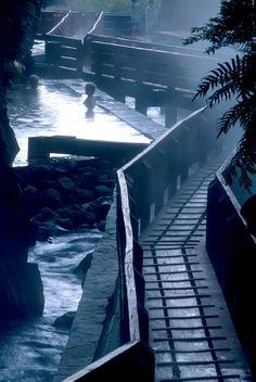 Termas Geométricas Hot Springs Complex,© Guy Wenborne