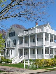Victorian bed-and-breakfast in charming Spring Lake, New Jersey. By the sea Victorian Cottage, Victorian Homes, Budget Friendly Honeymoons, Beach Mansion, Spring Lake, Free Beach, Historic Homes, Bed And Breakfast, Hotels And Resorts