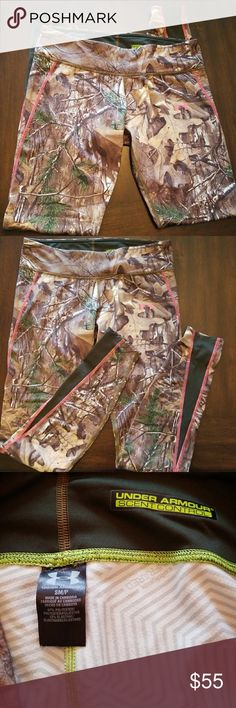 LIKE NEW Under Armour Real Tree Hunting Leggings Like new Under Armour Real Tree Hunting Leggings. Worn once. They have infrared technology to keep you warm, while being breathable and are scent controlled. Very warm. Great under leggings for even winter activities. Under Armour Pants Leggings