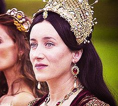 → Queen Catherine of Aragon born December 1485 Katharina Von Aragon, Los Tudor, The Tudors Tv Show, Disneysea Tokyo, Catherine Of Aragon, Anna Karenina, Queen Of England, Tudor History, Orphan Black