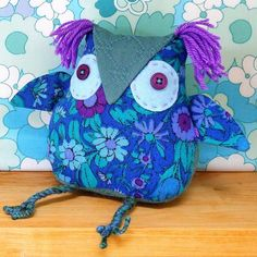 Retro Owl  :: Audrey's Cat on @Folksy