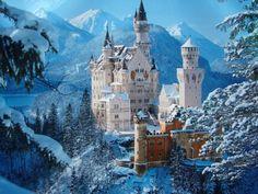 Se há um castelo que inspirou todos os contos de fada é esse: Castelo Neuschawnstein, na Bavária.
