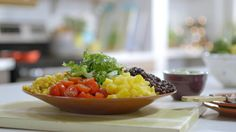 Salade du sud-ouest | Cuisine futée, parents pressés Quebec, Recipe Box, Summer Recipes, Cobb Salad, Salad Recipes, Serving Bowls, Salsa, Good Food, Rice