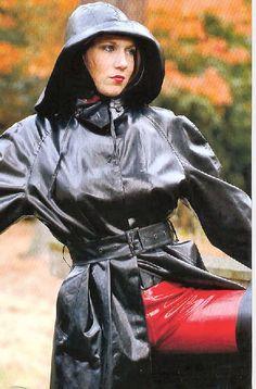 Shy Girl in black Rubber Raingear and red Pleather Pants Black Raincoat, Raincoat Jacket, Heavy Rubber, Black Rubber, Imper Pvc, Black Mac, Latex Lady, Rain Hat, Rubber Raincoats