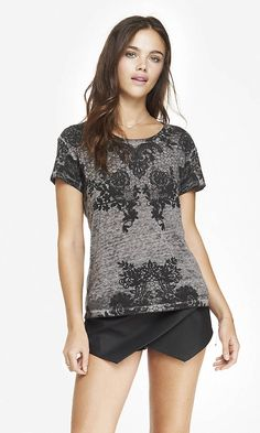 GRAPHIC BOXY TEE - LACE