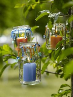 There are many Handmade Easter Treasure Gift ideas which are creative and unique. Handmade Easter Treasure Gift are customized to suit the recipient's taste. Garden Party Decorations, Diy Garden Decor, Mason Jar Crafts, Mason Jars, Glass Jars, Garden Whimsy, How To Make Lanterns, Diy Candles, Garden Candles