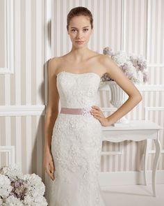 8S142 LEONOR | Wedding Dresses | 2015 Collection | Luna Novias (close up)