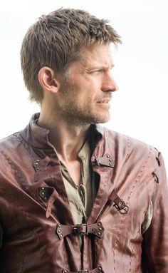 Nikolaj Coster-Waldau as Jaime Lannister - Game of Thrones Jaime Lannister, Cersei Lannister, Game Of Thrones Saison, Game Of Thrones Tv, Eddard Stark, Sansa Stark, Winter Is Here, Winter Is Coming, Bucky