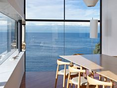Modern House Designs - Cliff House Architecture Inspired by Modern Picas Low dining chairs -- clean view. Modern House Designs - Cliff House Architecture Inspired by Modern Picasso Art Architecture Design, Chinese Architecture, Cliff House, Floor To Ceiling Windows, Big Windows, Steel Windows, Deco Design, Design Design, Design Ideas