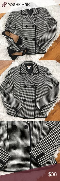 Talbots Houndstooth Blazer Beautiful double breasted Talbots black and white houndstooth blazer, size 4. Has a tailored fit. Trim is solid black. Shoulders are lightly padded. Worn once or twice. In excellent condition. Has extra button. Talbots Jackets & Coats Blazers