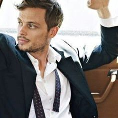Matthew Gray Gubler!!!! The new love of my[LIFE]. #criminalminds Seriously I've been missing out on my[LOVE]!!
