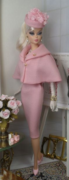 Fancy for Silkstone Barbie and Victoire Roux a MoreVictoire Du Bois Victoire Du Bois (born is a French She was educated at a high school (lycée) in Barbie Life, Barbie World, Barbie Dress, Barbie Clothes, Pink Barbie, Barbie Outfits, Poupées Barbie Collector, Mode Rose, Moda Retro