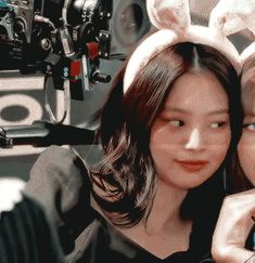Animated gif shared by Qᥙᥱᥱᥒ ፝֯֟. Find images and videos about gif, aesthetic and rose on We Heart It - the app to get lost in what you love. Ghost Photography, Grunge Photography, Girl Photography Poses, Kpop Aesthetic, Aesthetic Girl, Blonde Girl Selfie, Best Friends Cartoon, Bff, Lgbt