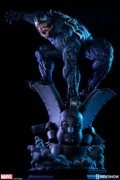 Marvel Venom Premium Format Figure by Sideshow Collectibles