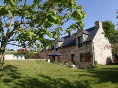 Brittany Weekly (GBP) £500 - £995 Beautiful villa with private heated pool, wonderful gardens and rural viewsHoliday Rental in Josselin from @HomeAway UK #holiday #rental #travel #homeaway