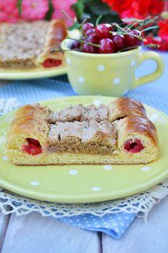 Meggyes-diós macskaszem Cake Recipes, Dessert Recipes, French Toast, Healthy Recipes, Baking, Breakfast, Pizza, Dios, Morning Coffee