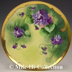 "Pitkin Brooks Limoges Handpainted Violets Plate Signed Michel | Hand painted violets. Artist signed ""Michel"".  Haviland, Limoges France (1896+) & Pitkin & Brooks Studio (1905+).  8-1/2"" diameter."