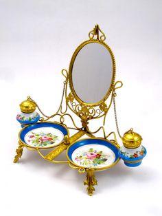Palais Royal Porcelain Perfume Set - picture 5. 28x23 cm