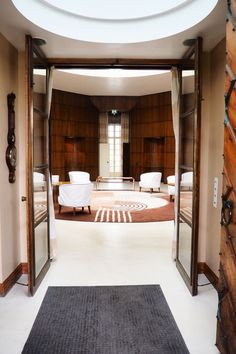 A lesson in art deco interiors at eltham palace interior fre Dress Up Area, Art Nouveau, Eltham Palace, Art Deco Wallpaper, Studio Table, Palace Interior, House Of Fraser, Hallway Decorating, Deco Interiors