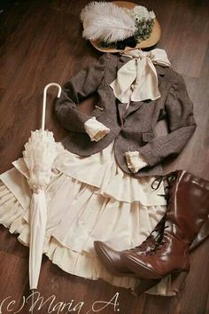 Classic lolita I love this coord, great for daily wear.
