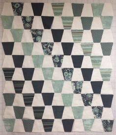 My musings on art and life. Tumbler Quilt, Baby Quilts, Quilt Blocks, Tumblers, Quilt Patterns, Quilting, Blanket, Prints, Life