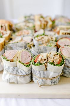 Celebrating Baby With Insanely Good Party Bites Baby mit wahnsinnig guten Partybissen feiern Sandwich Bar, Sandwich Catering, Burger Bar, Comida Picnic, Catering Food, Catering Display, Lunch Catering, Party Catering, Catering Ideas