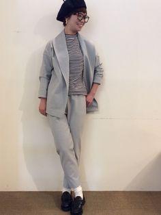 SET–UP Jacket:La Tiara Itals ¥17,280- SET–UP Pants:La Tiara Ital ¥13,824- HAT:FERRUCIO VECCHI ¥5,400- SHOES:Paraboot ¥68,040- SUNGLASS:DELIRIOUS ¥29,160-